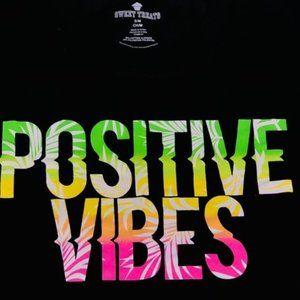 """NWT - """"Positive Vives'' T-Shirt - SZ S/M"""